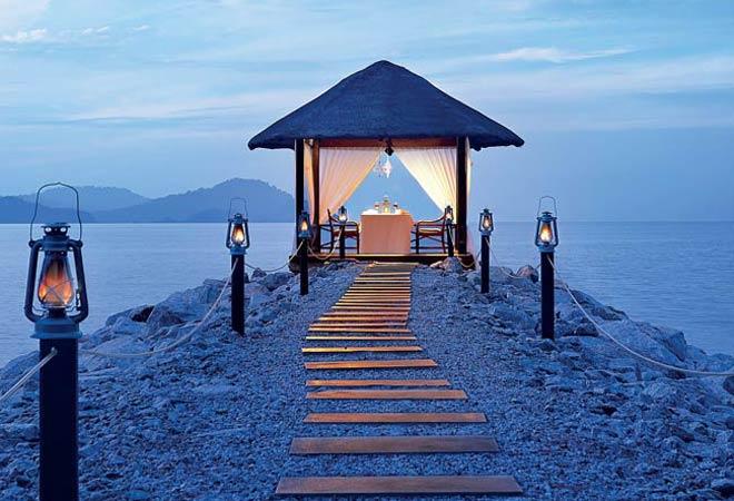 Private Island Vivanta by Taj Langkawi, Bermula Dari RM300 - Triphackerz